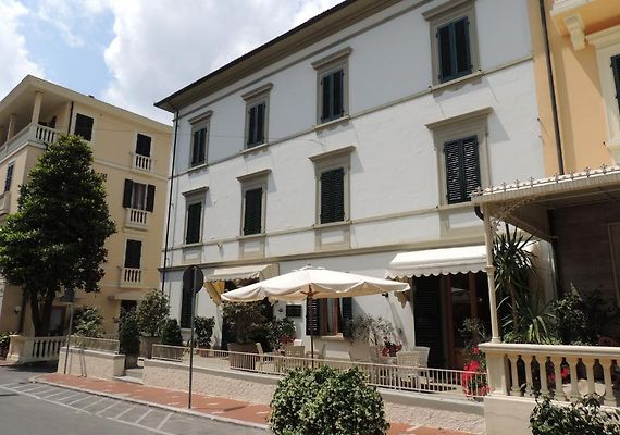 HOTEL BELSOGGIORNO, MONTECATINI TERME - Book Hotel Online